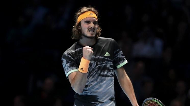 Циципас продължава на полуфиналите в Лондон