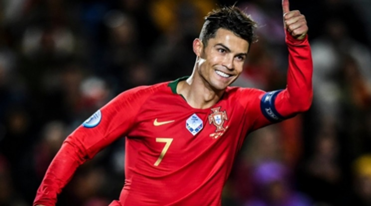 Кристиано с гол номер 99 за Португалия (видео)