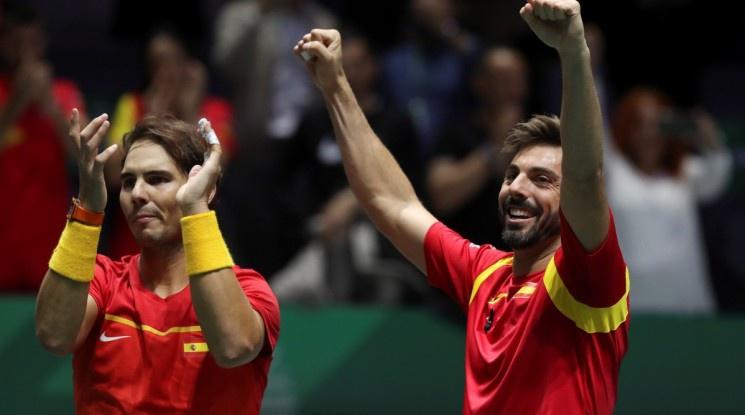 Испания елиминира Аржентина и достигна полуфиналите за Купа Дейвис