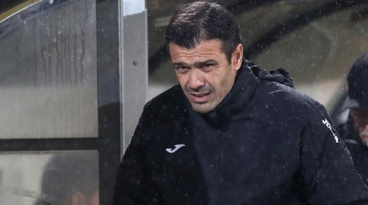 Росен Кирилов вече не е треньор на Етър