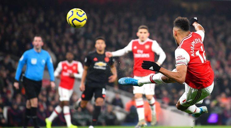 """Арсенал не остави шансове на Юнайтед на """"Емирейтс"""" (видео)"""