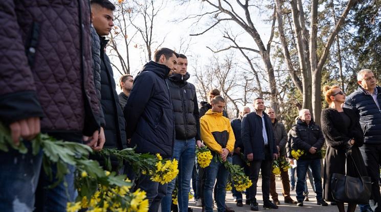 Ботев Пловдив се опасява от потулване на случая с убития в Гърция запалянко