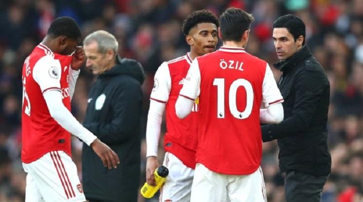 Йозил: Артета се отрази добре на Арсенал