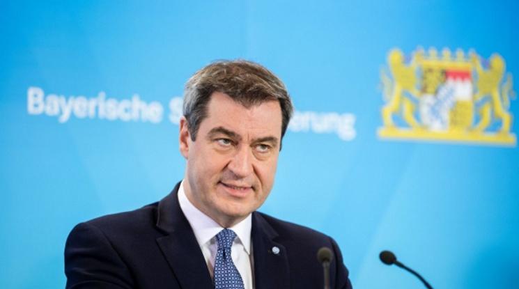 Премиерът на Бавария подкани звездите да си намалят заплатите