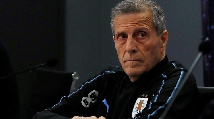 Уругвайската федерация освободи селекционера и 400 служители
