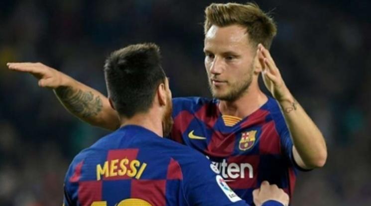 Милан и Интер се надцакват за Ракитич