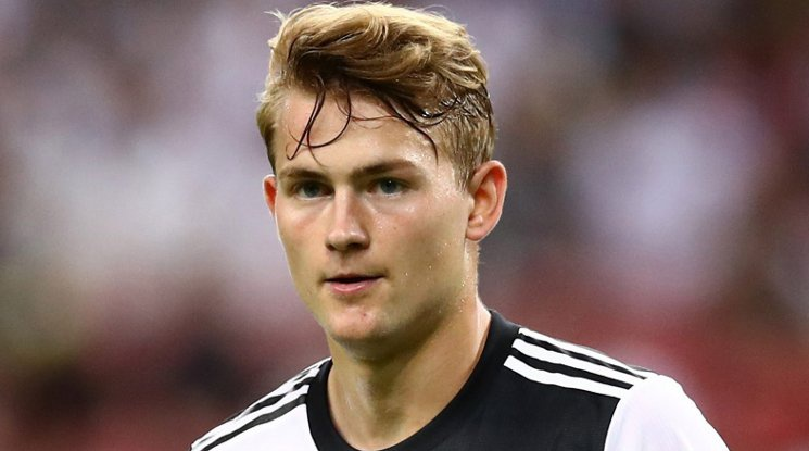Де Лихт поискал трансфер в Реал Мадрид?
