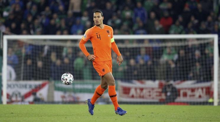 Нидерландия помага на закъсали клубове