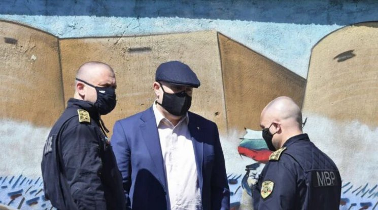 БНТ: Част от биячите на Слави Ангелов вероятно са от футболна агитка