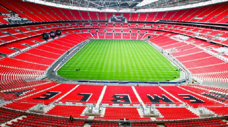 Кметът на Лондон е против рестарт на Висшата лига