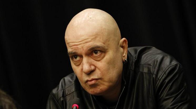 Слави Трифонов: ЦСКА срещу ЦСКА - сигурно ще ни спукат от подигравки