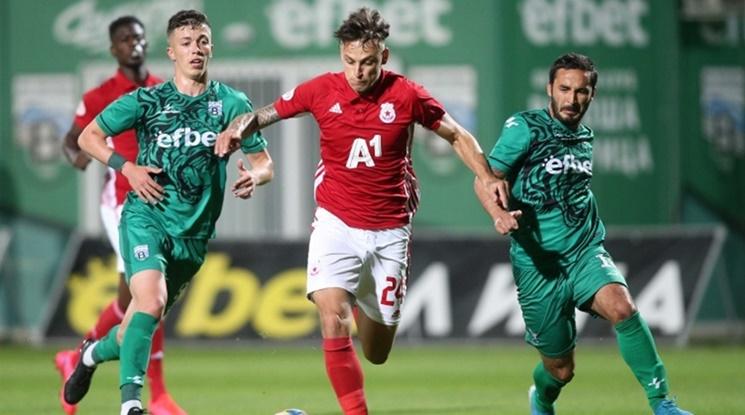 ЦСКА-София пребори Витоша с късен гол на Евандро
