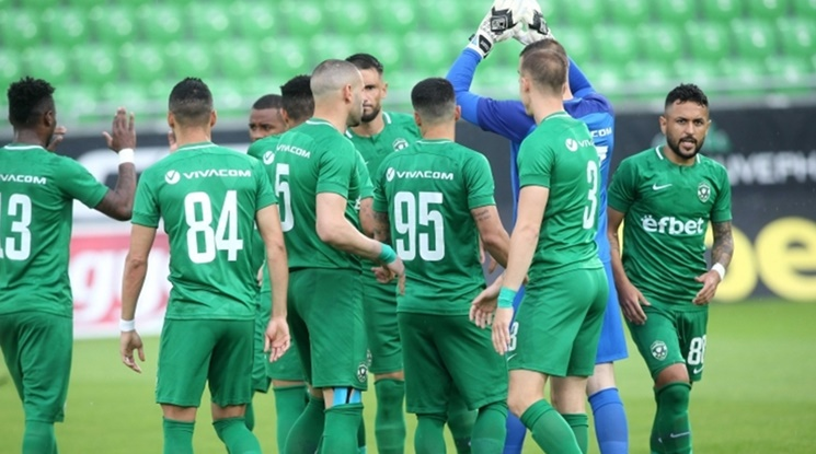 Лудогорец пречупи Ботев Пловдив с гол в края (видео)