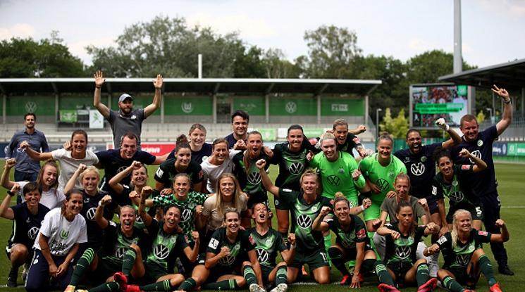 Волфсбург станаха шампионки за поредна година в Бундеслигата