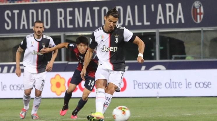 Роналдо и Дибала донесоха рутинен успех на Юве (видео)