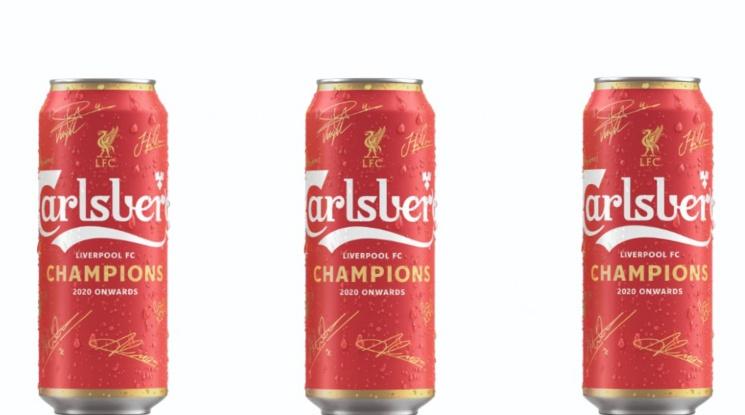 """""""Карлсберг"""" пусна ограничена серия кенове в чест на титлата на Ливърпул"""
