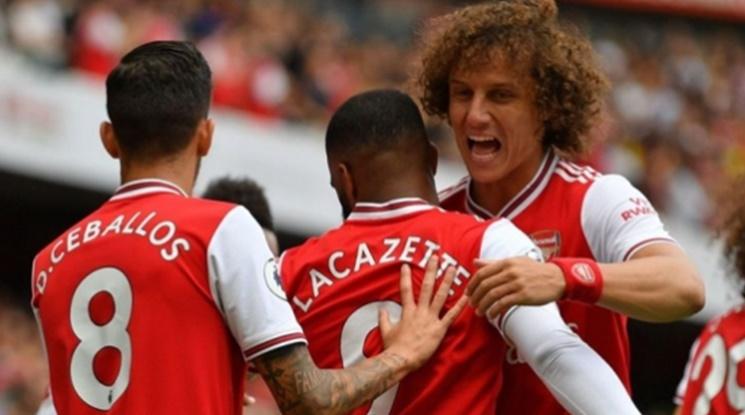 Давид Луис намали заплатата си, за да остане в Арсенал