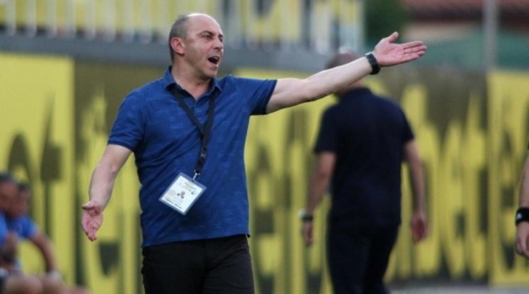 16 футболисти и служители на Черно море са с положителни проби за COVID-19
