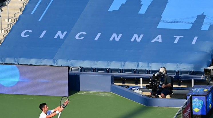 Джокович се класира за четвъртфиналите в Ню Йорк