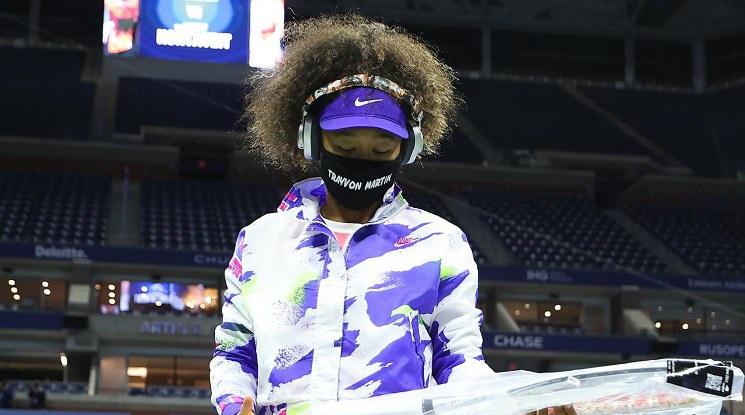 Наоми Осака продължава уверено към 1/4-финалите на Ю Ес Оупън (видео)