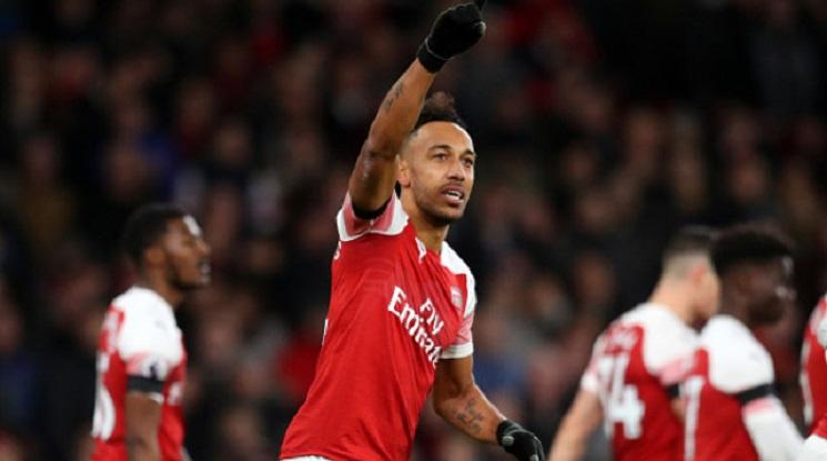 Звездата на Арсенал подписа нов договор