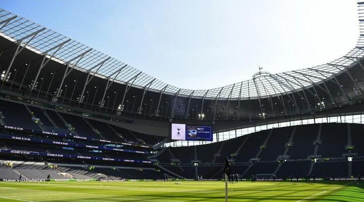 От 2 декември ще има фенове на стадионите в Англия