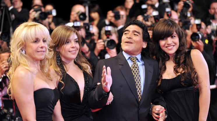 Колко деца всъщност имаше Диего Марадона?