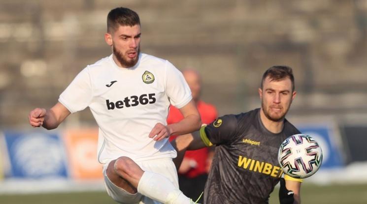 Славия и Ботев Пловдив изиграха най-скучният мач за годината