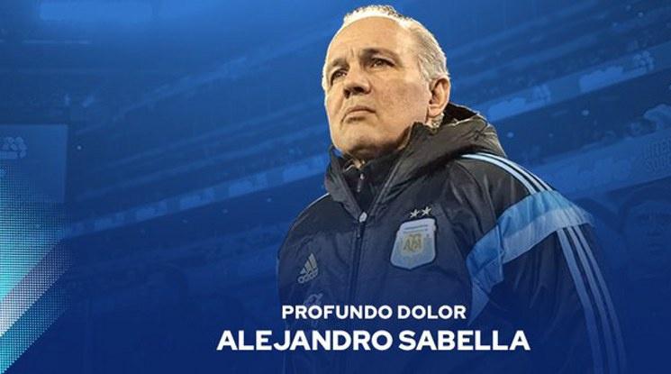 Почина Алехандро Сабейя