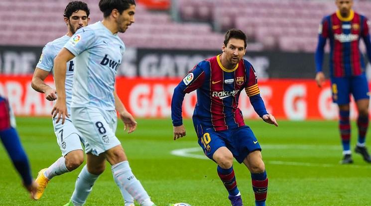 Меси изравни голов рекорд на Пеле при реми на Барса с Валенсия (видео)