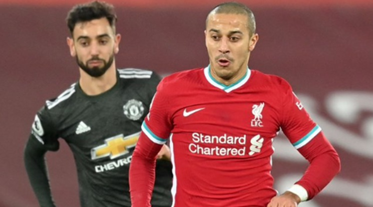 Юнайтед остана на върха след нулево реми в дербито с Ливърпул (видео)