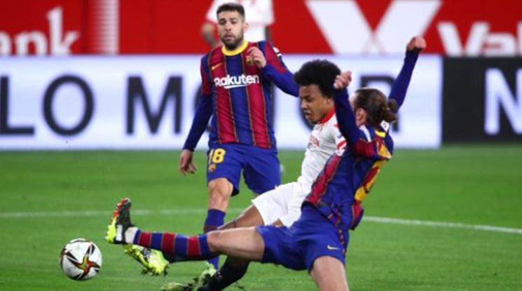 Севиля взе комфортна преднина срещу Барса преди реванша (видео)