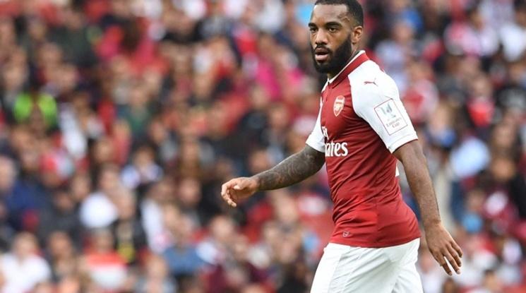 Монако следи нападател на Арсенал