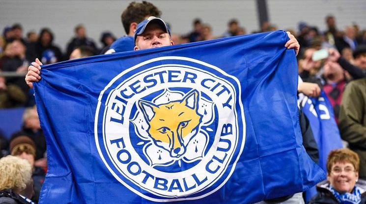 От средата на април по английските стадиони ще има фенове