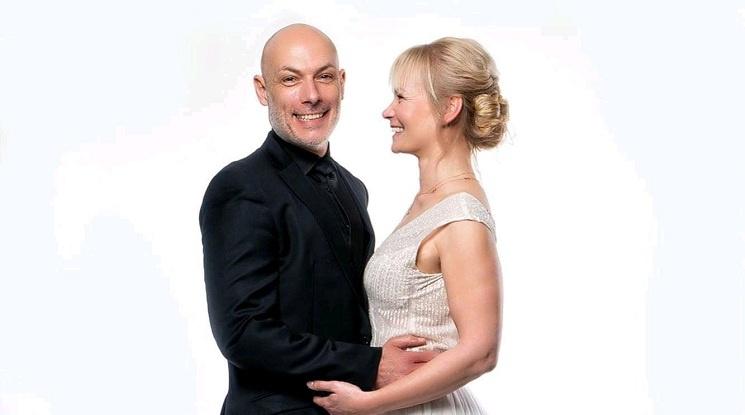 Хауърд Уеб и Бибиана Щайнхаус се ожениха