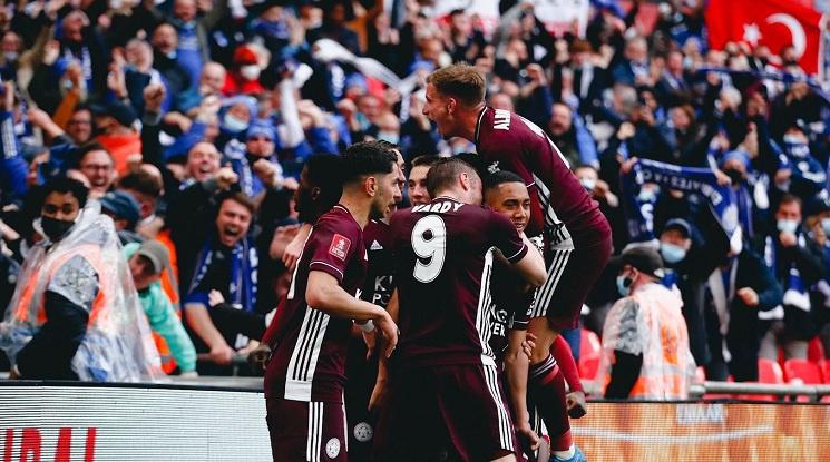 Фантастичен гол на Юри Тилеманс донесе първа купа на ФА на Лестър (видео)