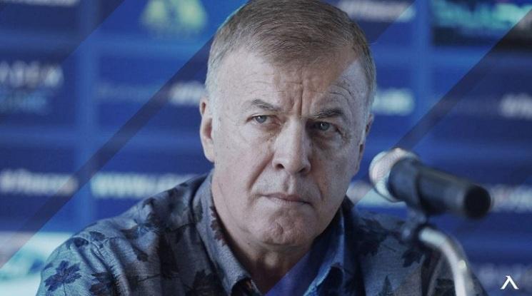"План ""Б"" на Наско Сираков: ""Софийска вода"" - генерален спонсор на Левски"