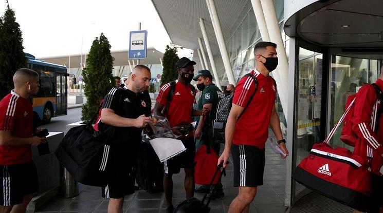 ЦСКА замина за Австрия ✈️