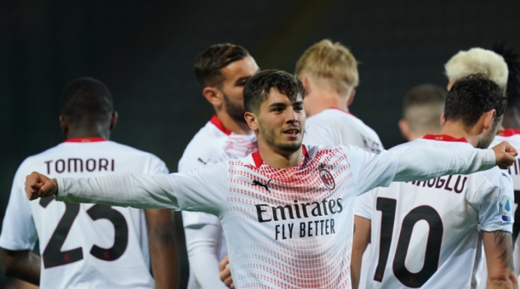 Браим Диас остава в Милан
