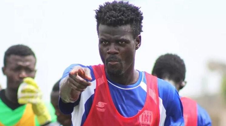 Ганайски футболист си вкара два автогола в знак на протест срещу черното тото