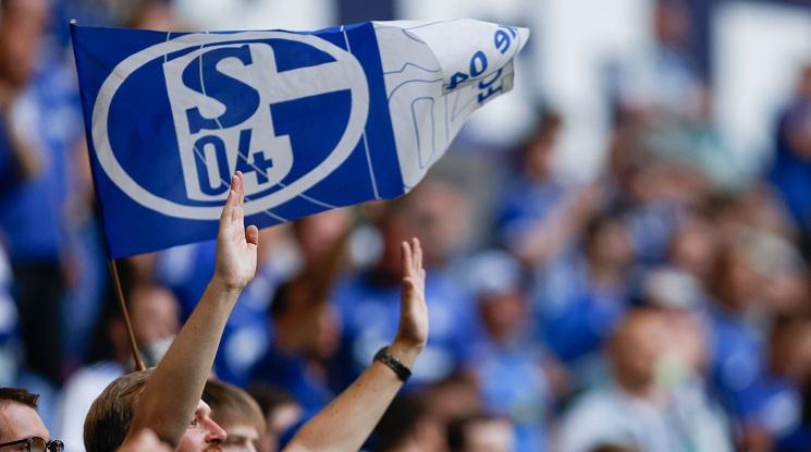 Славният някога отбор на Шалке не може да спре да губи дори и във Втора Бундеслига