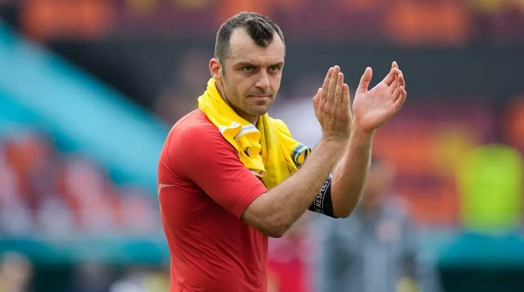 Горан Пандев ще продължи да защитава цветовете на Дженоа