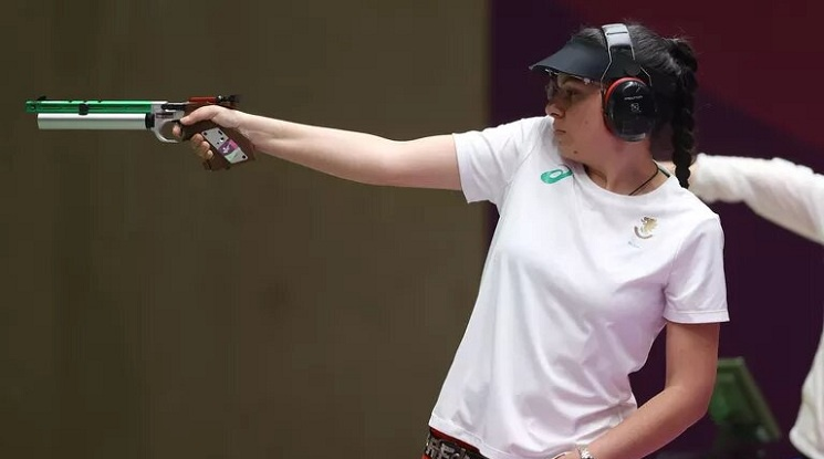 Антоанета Костадинова се класира за финала на 25 метра пистолет с първи резултат