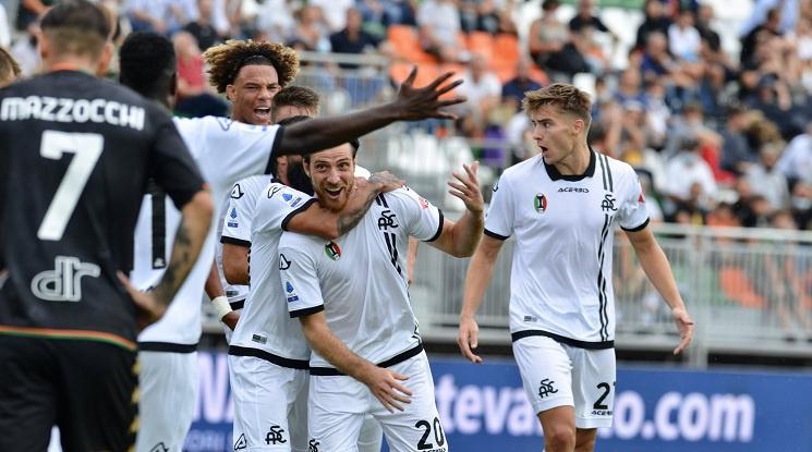 Бивш играч на Левски донесе победата на Специя над Венеция
