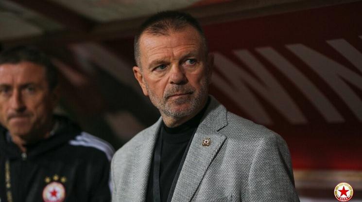 Стойчо Младенов: Няма слаби отбори, трябва да подходим сериозно