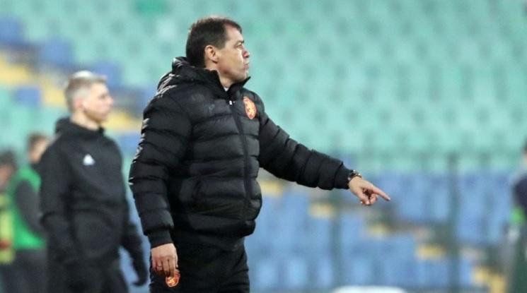 Как ще завършат предстоящите два мача на България?