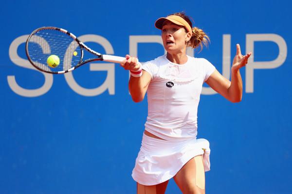 Елица Костова